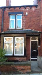 Thumbnail 6 bed terraced house to rent in Burchett Place, Leeds, West Yorkshire