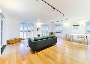 Thumbnail 3 bed flat for sale in Dundee Wharf, 100 Three Colt Street, Limehouse, London