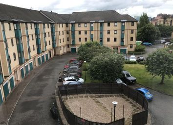 2 bed flat to rent in Rutland Court, Glasgow G51