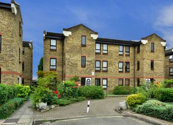 Thumbnail 1 bed flat to rent in Wedmore Gardens, London