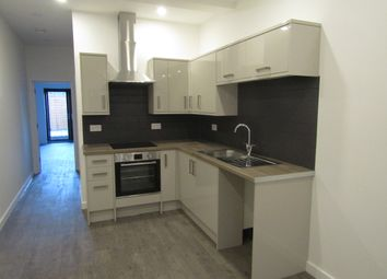 Thumbnail 1 bed flat to rent in East Street, Havant