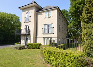 Thumbnail 2 bed flat to rent in Greenwich Road, Shinfield, Reading