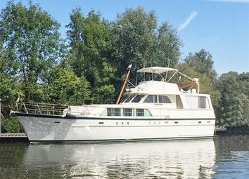 2 bed houseboat for sale in Staines Road, Chertsey KT16