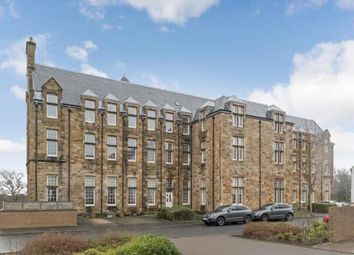 Thumbnail 3 bed flat for sale in Parklands Oval, Glasgow, Lanarkshire