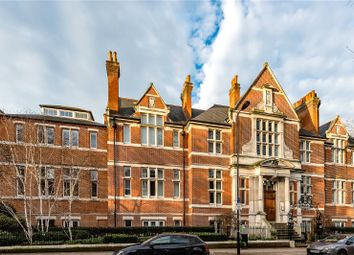 Mary Datchelor House, 2D Camberwell Grove, London SE5. 3 bed flat for sale
