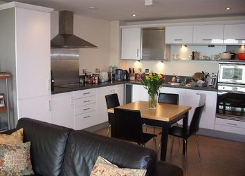Thumbnail 2 bed flat to rent in Tallyho, 100 Kingsway, North Finchley, London