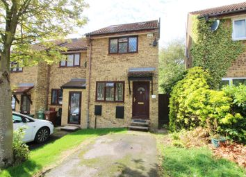 Dylan Close, Elstree, Borehamwood WD6. 3 bed end terrace house