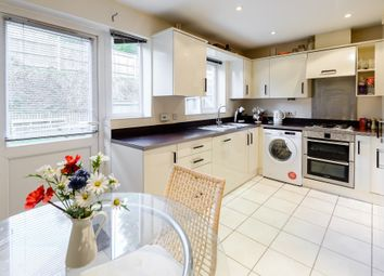 Thumbnail Room to rent in Tadros Court, Booker, High Wycombe, Buckinghamshire