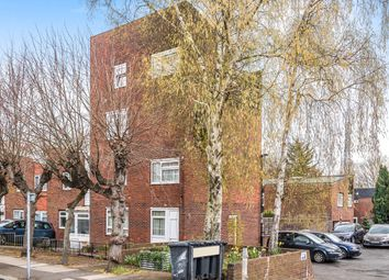 Thumbnail 2 bed flat for sale in Silverdale, London