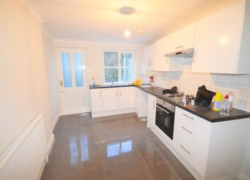 Thumbnail 2 bed flat to rent in Sandringham Road, London