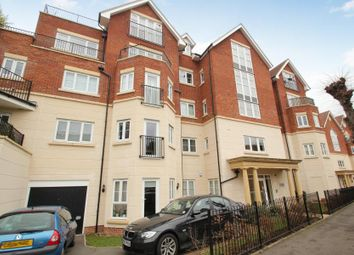 Thumbnail 2 bed flat to rent in Rosemount Parade, West Byfleet, Surrey