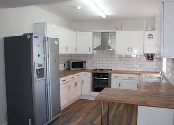 3 bed property to rent in East Grove, Manchester M13