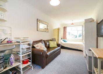Thumbnail Room to rent in Horseshoe Lane, Watford