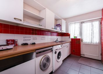 Thumbnail 4 bed terraced house to rent in Heathfield Drive, London