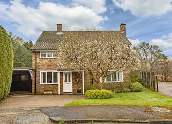 Thumbnail 3 bed detached house for sale in Wellesford Close, Banstead