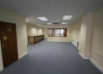Seven Sisters Road, London N4. Office for sale