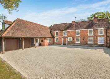 Marlow Road, Bourne End SL8. 7 bed semi-detached house