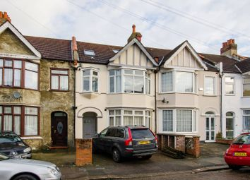 Thumbnail 2 bed flat for sale in Park Avenue, Tooting