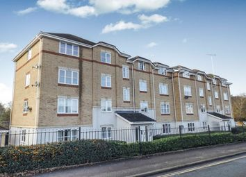 2 bed flat to rent in Hursley Road, Chandler's Ford, Eastleigh SO53