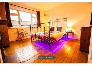 Thumbnail 2 bed flat to rent in West Sheen Vale, Richmond