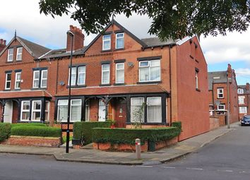 Thumbnail 5 bedroom terraced house for sale in Savile Drive, Leeds