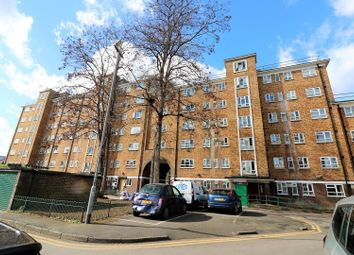 Thumbnail 4 bed flat for sale in Cranston Estate, Islington