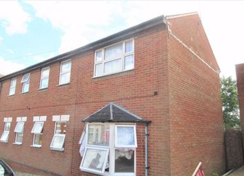 Thumbnail 2 bed flat to rent in Scarborough Street, Irthlingborough, Northamptonshire
