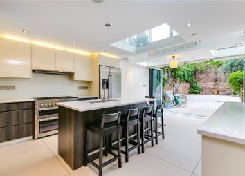 Thumbnail 4 bed terraced house to rent in Ceylon Road, London