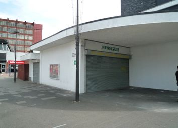 Retail premises to let in Queensmead, Farnborough GU14