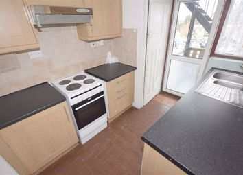 2 bed flat to rent in Watford Way, Mill Hill NW7
