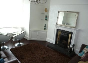 Thumbnail 2 bed flat to rent in Forest Avenue, Top Floor Right, Aberdeen