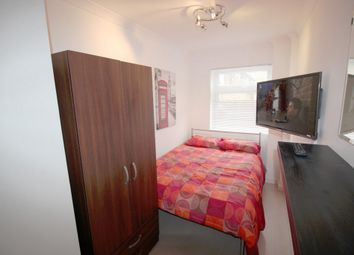 Thumbnail 3 bedroom shared accommodation to rent in Susannah Street, London