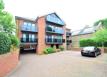 2 bed flat to rent in South Court, Dyke Road, Hove BN1