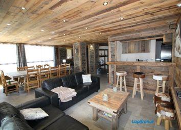 Thumbnail 6 bed apartment for sale in Rhône-Alpes, Isère, L'alpe D'huez