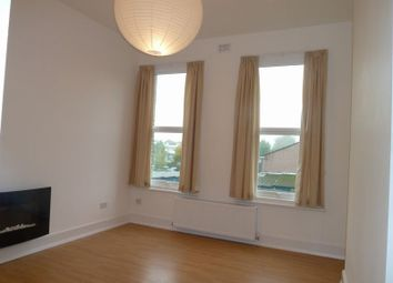 Thumbnail 1 bed flat to rent in Woodside Avenue, North Finchley, London