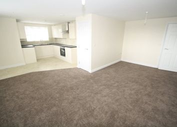 Thumbnail 3 bed flat to rent in London Road, Benfleet