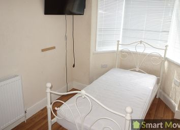 Thumbnail Room to rent in 21 Queens Drive West, Peterborough, Cambridgeshire.