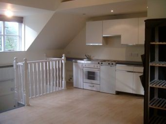 Thumbnail Studio to rent in Annexe Studio Flat At Compton Gardens, Lower Parkstone, Poole, Dorset