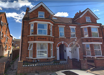 Thumbnail 2 bed flat to rent in Rutland Road, Bedford