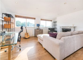 2 bed maisonette to rent in Mornington Terrace, Camden, London NW1