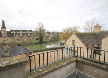 Thumbnail 2 bedroom flat to rent in St Mary's Hill, Stamford, Lincolnshire