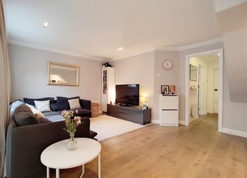 Thumbnail 3 bed mews house for sale in Salisbury Place, London