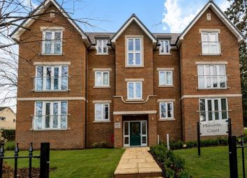 2 bed flat to rent in Midwinter Court, Chandos Road, Buckingham MK18