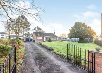 Thumbnail 3 bed bungalow to rent in Doncaster Road, Selby