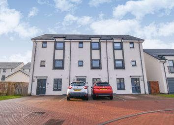 Thumbnail 4 bedroom town house for sale in Crofton Square, Renfrew