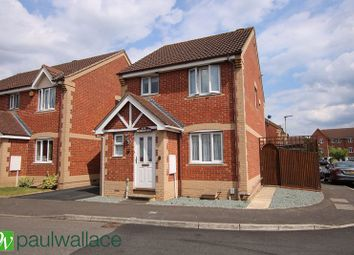 3 bed detached house for sale in Pettys Close, Cheshunt, Waltham Cross EN8