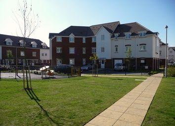 Thumbnail 2 bedroom flat to rent in Ingram Close, Larkfield, Aylesford
