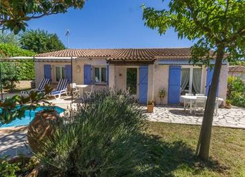 Thumbnail 3 bed villa for sale in La-Roque-d-Antheron, Bouches-Du-Rhône, France