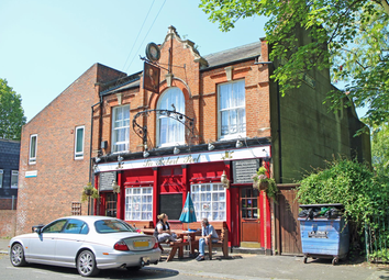 Thumbnail Pub/bar for sale in London - Traditional London Pub SE17, London