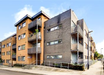 Thumbnail 1 bed flat to rent in Hawthorne House, Grovelands Road, London